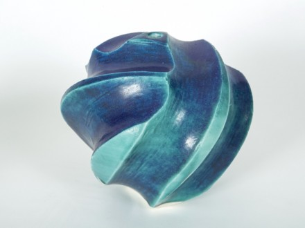 Carved Pot, surform tool, rawglazed, singlefired, Usch Spettigue 2012